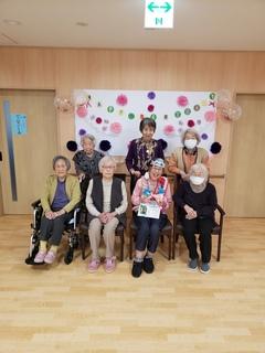 多田誕生日会2階集合.jpg
